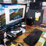 私の仕事場のパソコン機器です。